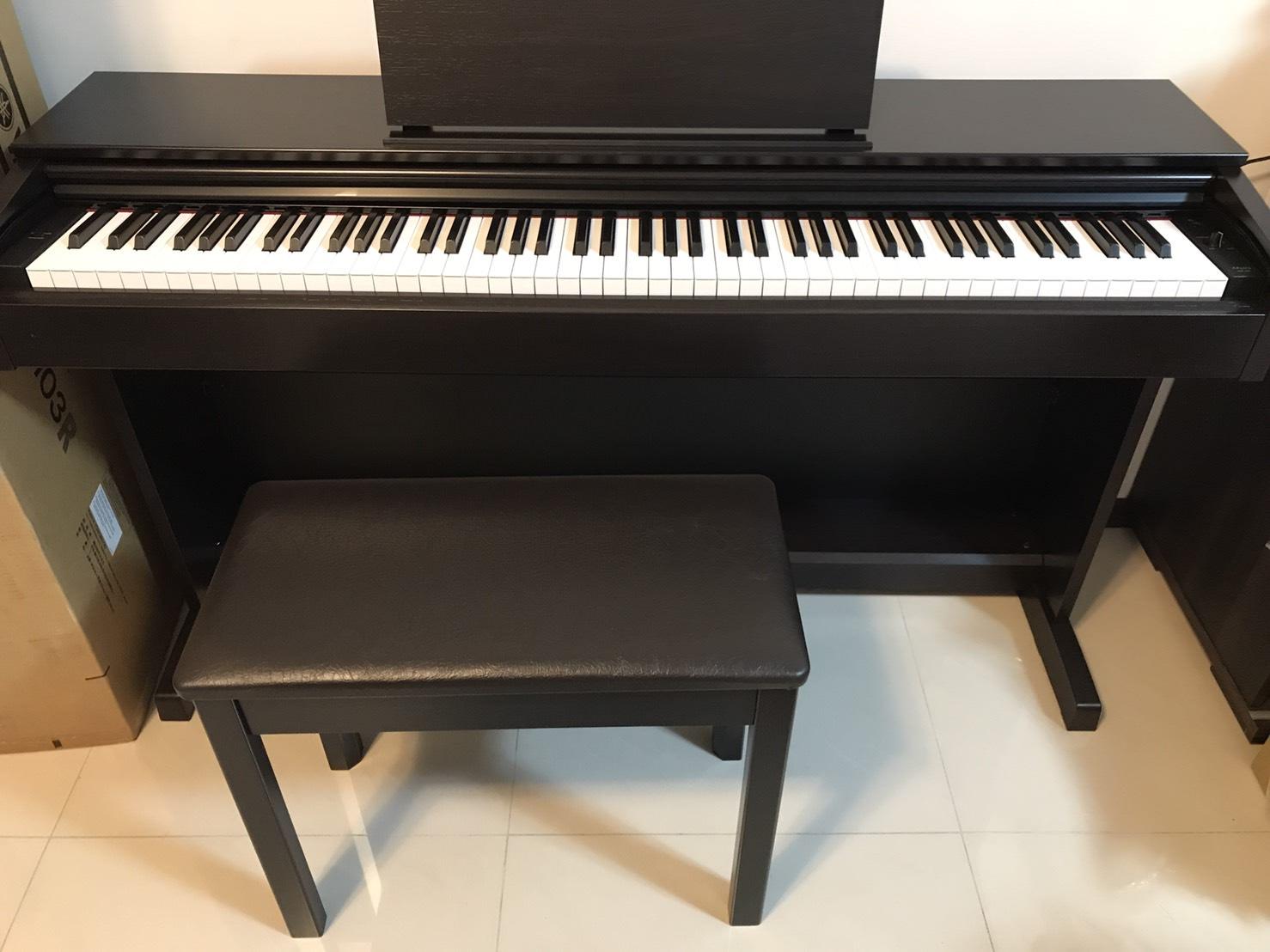 『育兒』妮妮琴藝之路-數位鋼琴開箱&心得