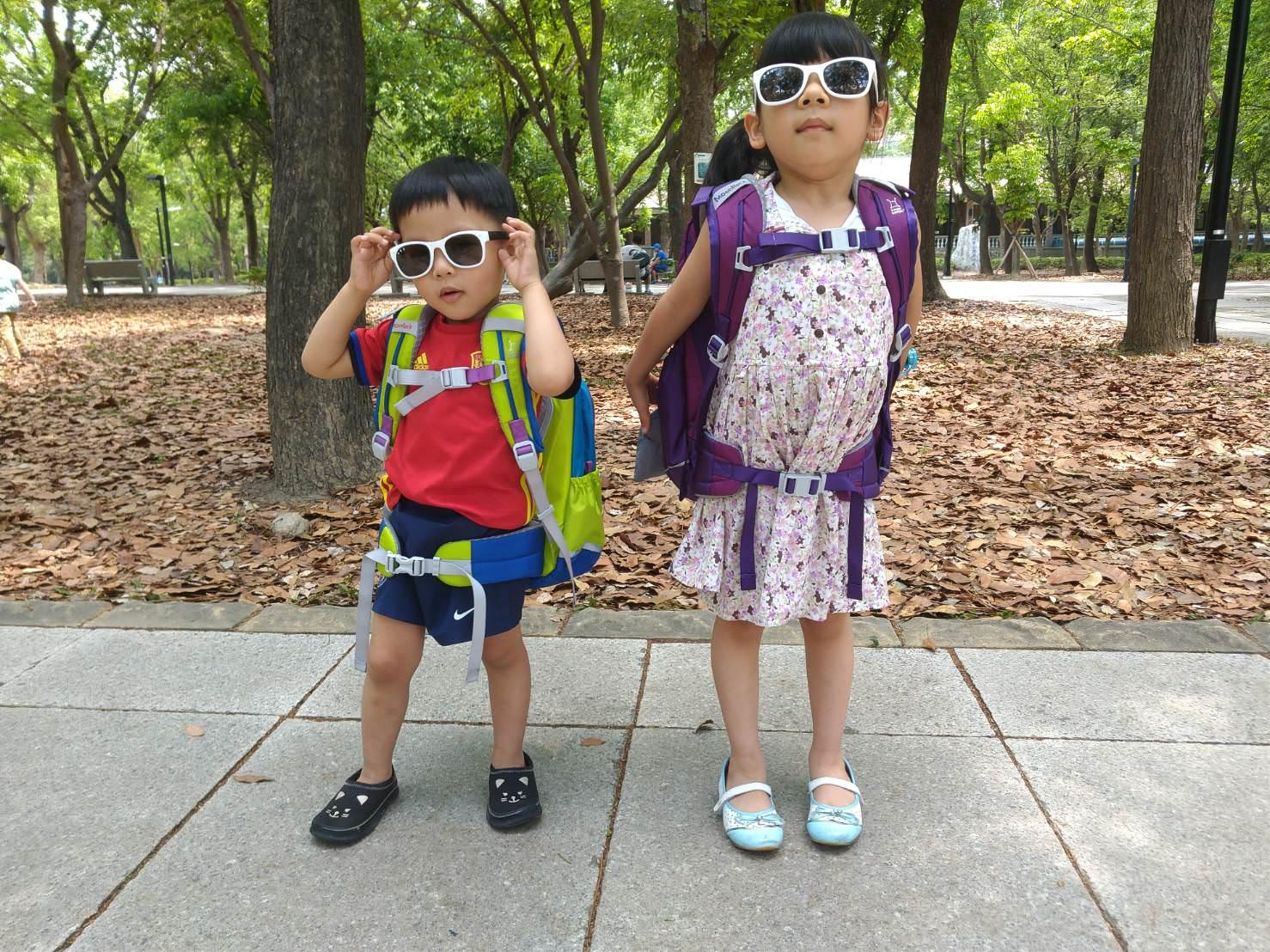 『酷夏團』墨鏡界裡的親子款,時尚好搭-Roshambo繽紛視界