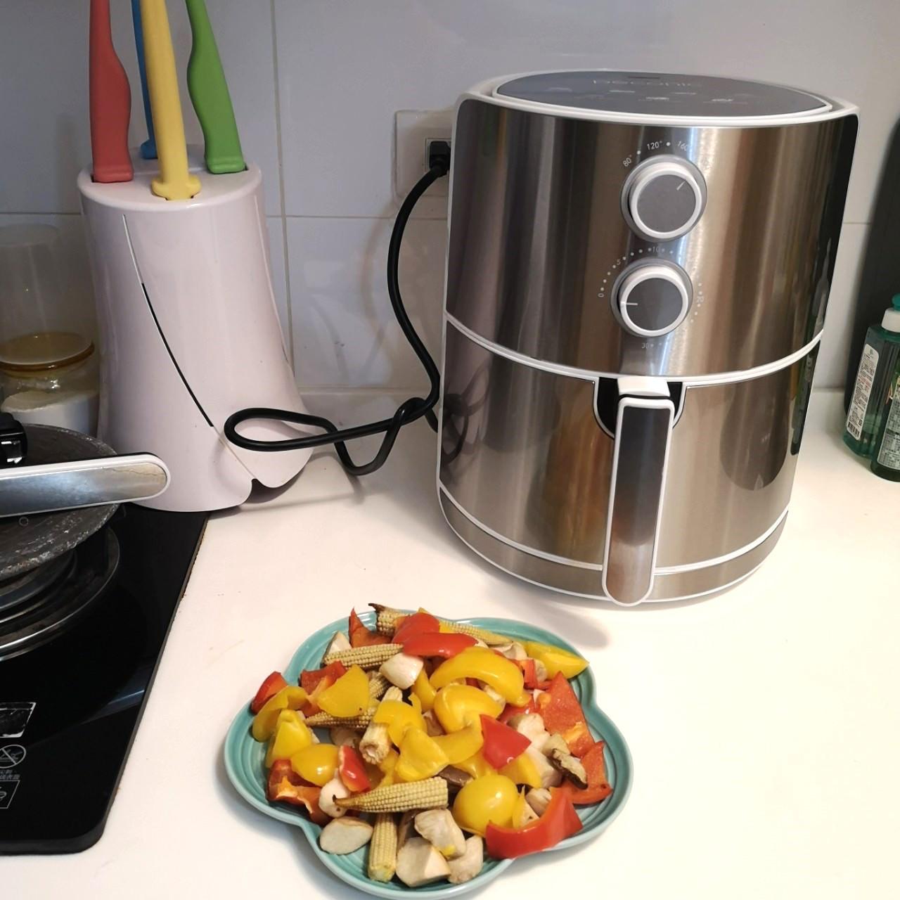 容量大大滿足一家四-日本品牌Pecobono美型氣炸鍋