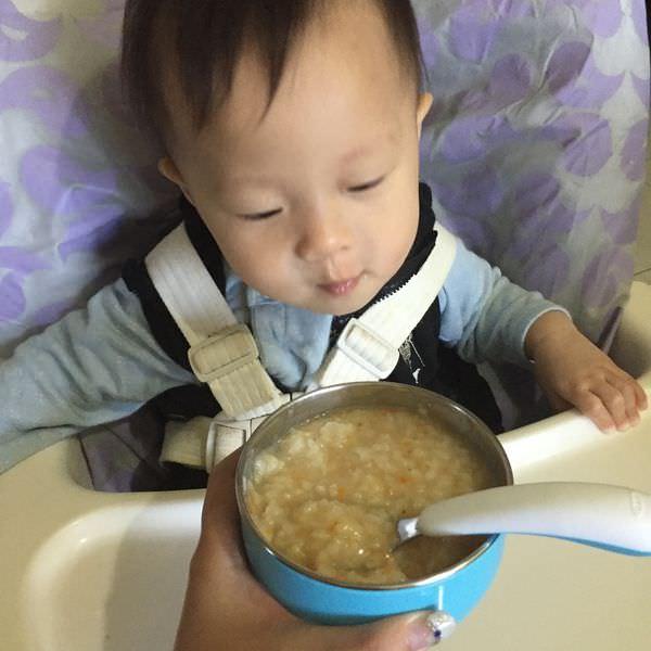 『副食品』關於孩子【吃】的這條路-孩子的氣質大不同,媽媽要放輕鬆