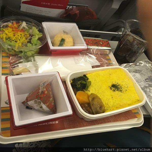 『東京快閃』值得讓人期待的飛機餐-位子也舒適了不少-日本航空