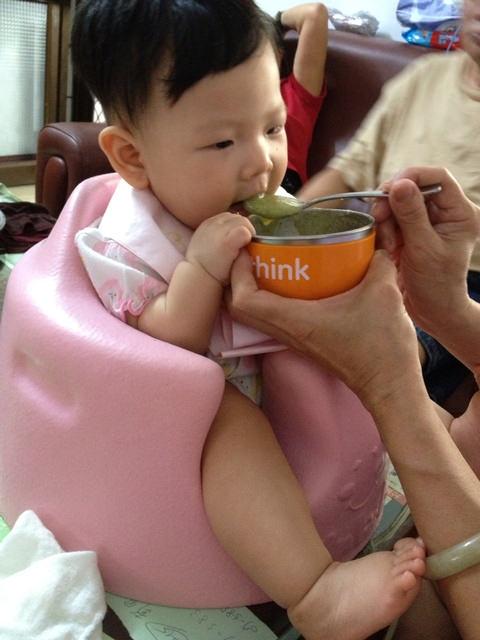 〃『副食品』生吃熟吃皆好吃的小黃瓜+副食品階段性菜單整理〃
