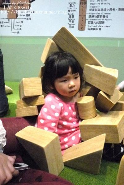『親子。台中』超值又無料的親子必去之地-台中國家美術館兒童遊戲室
